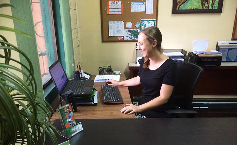 Holli Barrett at the Intercultura Costa Rica office