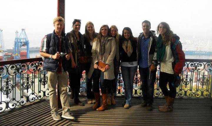 Study abroad students in Valparaiso, Chile