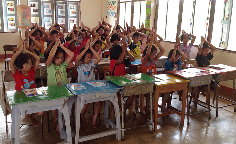 A grade school class in rural Thailand