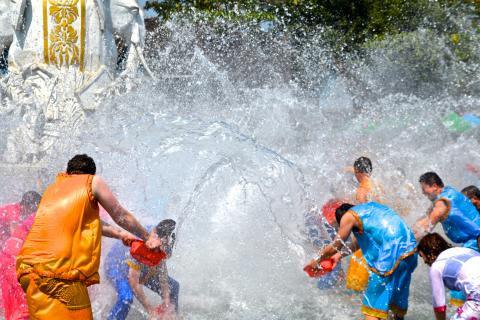 Poshui Jie, the Water Splashing Festival of the Dai Ethnicity in Xishuang Banna, Yunnan