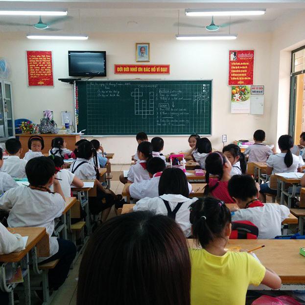 Elementary classroom in Vietnam