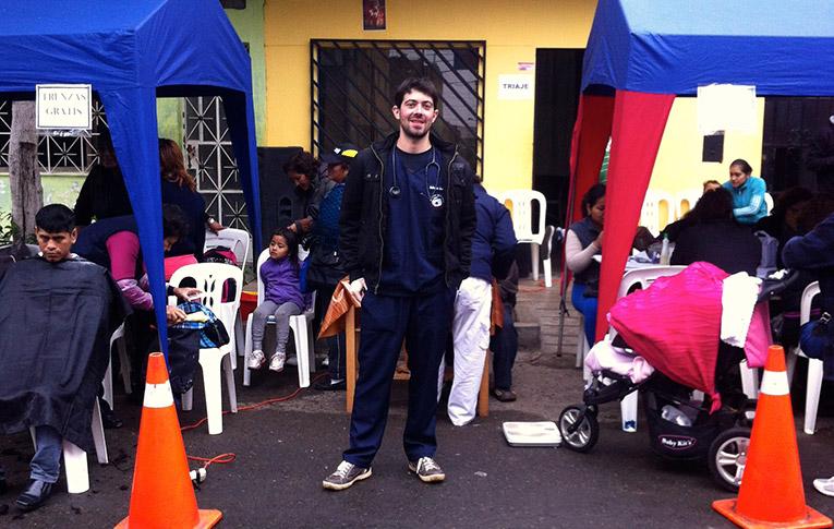 Medical volunteer in Callao, Peru