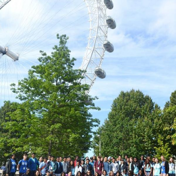 Students exploring London, England and the London Eye during a sightseeing trip to the city