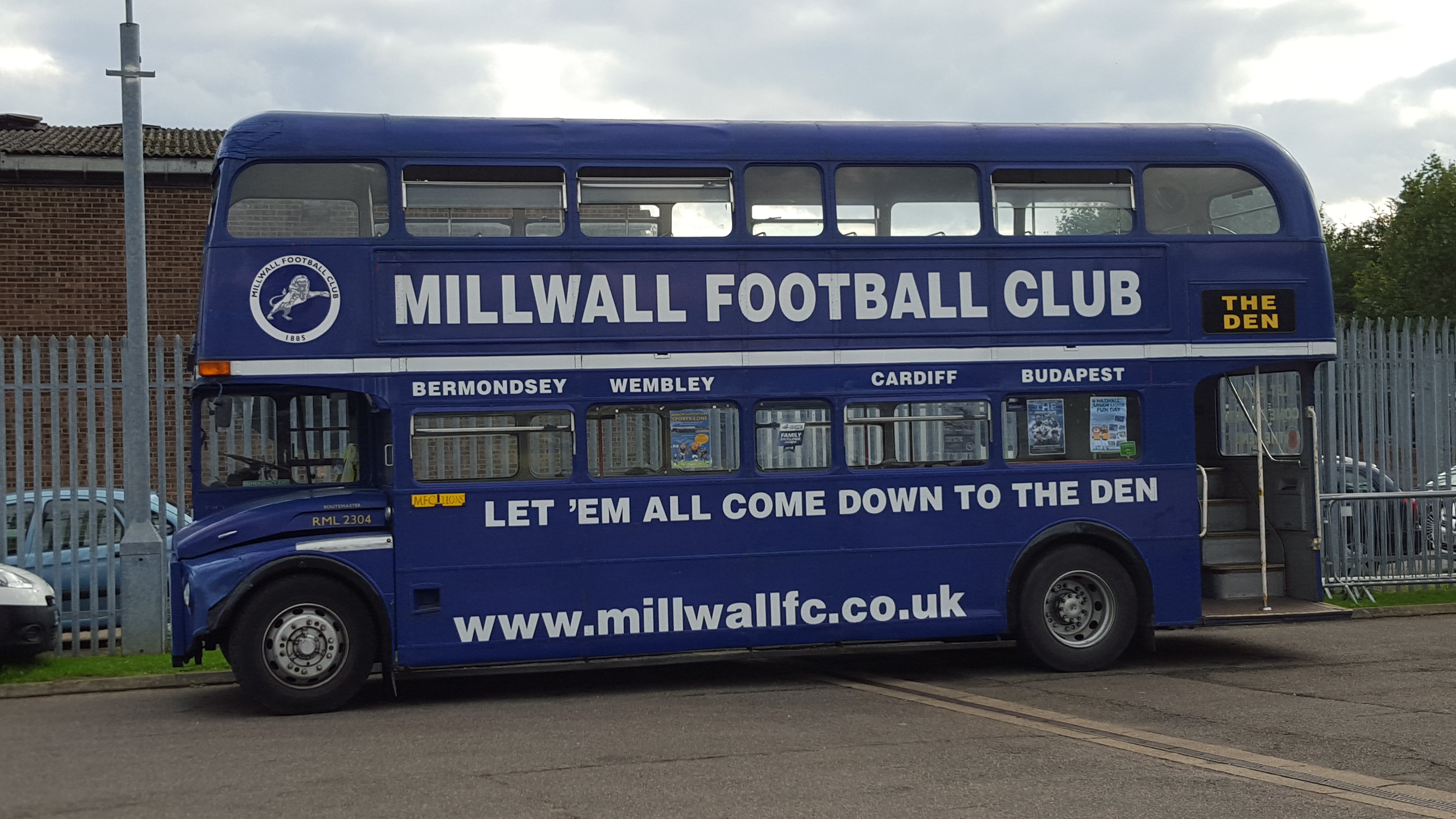 Sport Intern in London (Bus)
