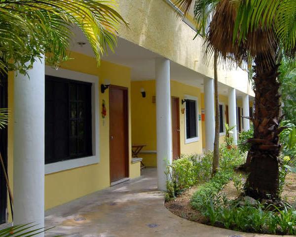 Riviera Maya School