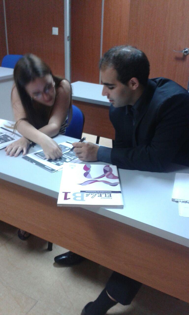 international students learning Spanish