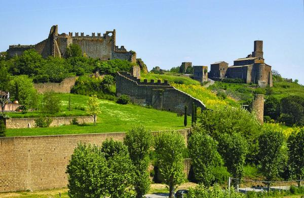 Beautiful Green Athena Study Abroad Tuscania, Italy