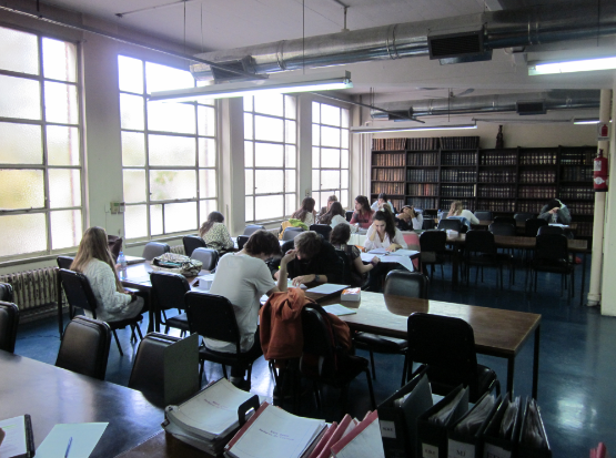 Buenos Aires Students Studying