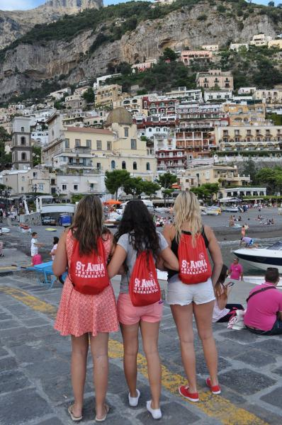 Sant'Anna students exploring Amalfi Coast