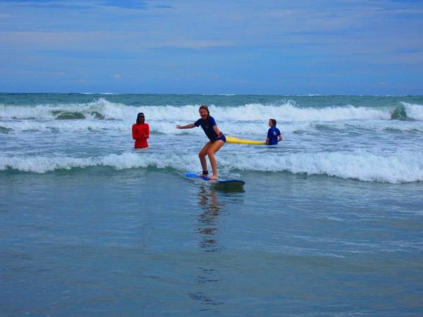 Learn Spanish and surfing  with Intercultura´s Summer Teen Camp