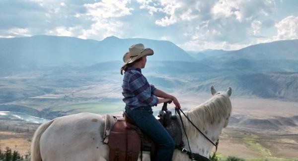 horseback riding in Canada