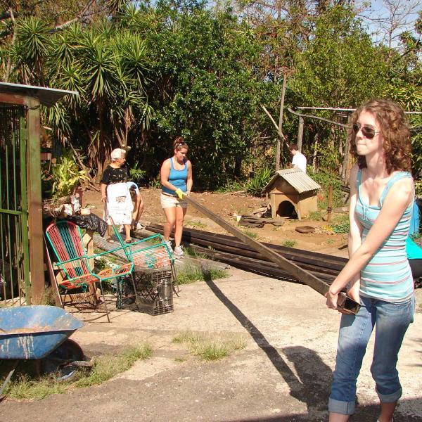 School Renovation Program in Costa Rica with Love Volunteers!