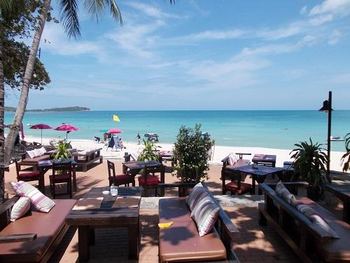 Relax on time off in Thailand by the beach