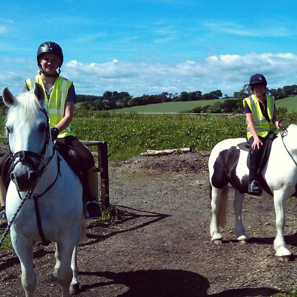 Equine Students Riding - Equine Program in Scotland - Adelante Abroad
