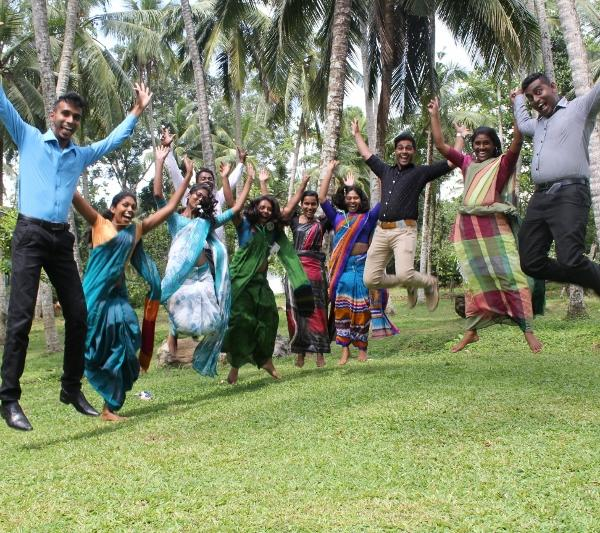 Volunteer in Sri Lanka and get support from the national coordinator