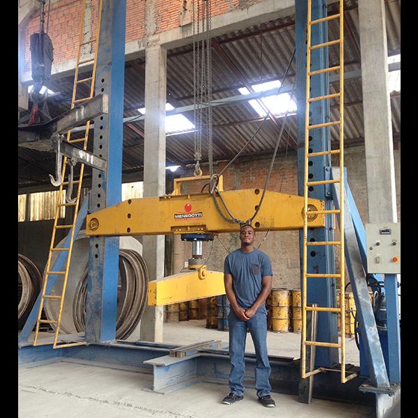 Intern Brazil at Company Construction Curitiba
