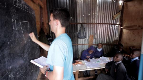 Volunteer as a teacher in Kenya with IVHQ