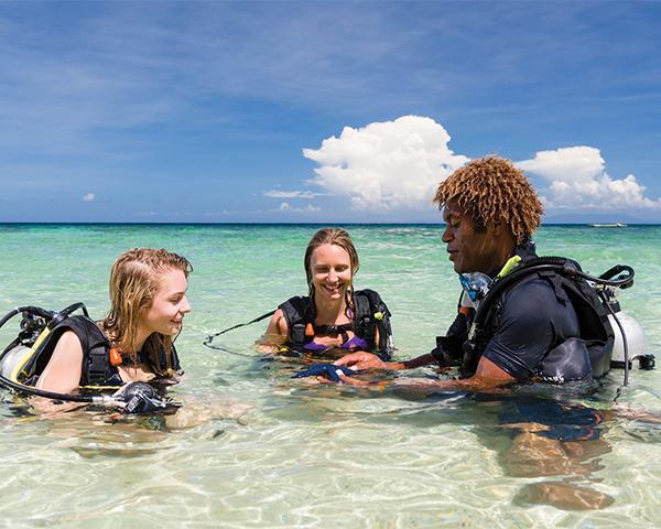 """""""Marine Conservation Program in the Yasawa Islands, Fiji"""""""