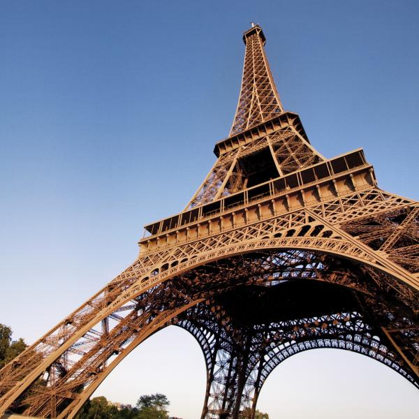 See the Eiffel Tower in Paris with Language and Work Holiday in France