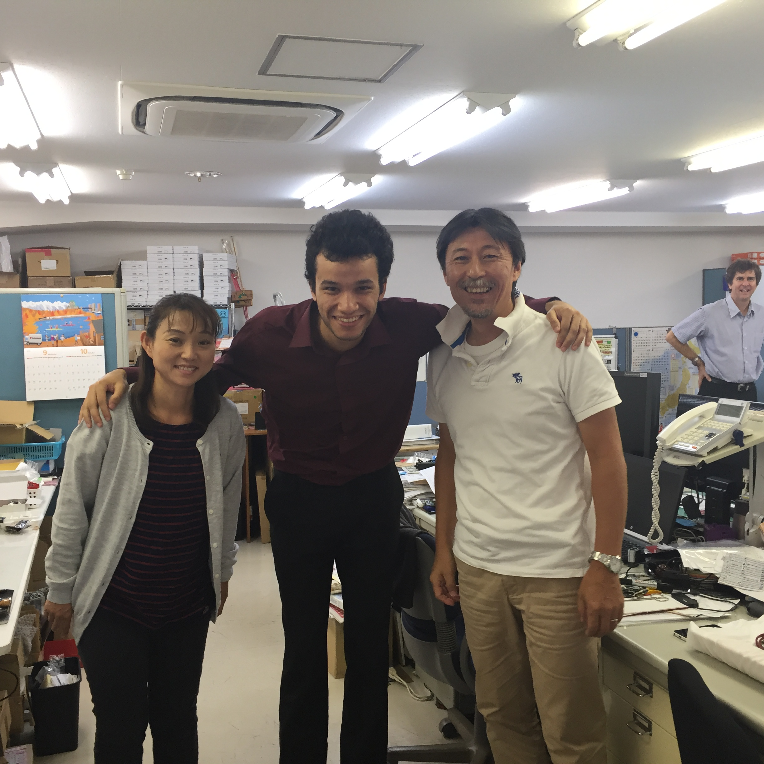 intern with his Japanese co-workers