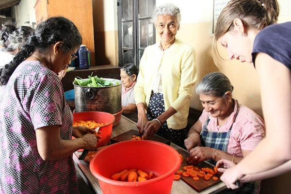 Care & Community Development in Sri Lanka | travellersworldwide.com
