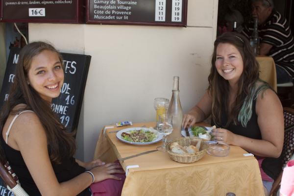 studentslocalrestaurantsFrenchfood