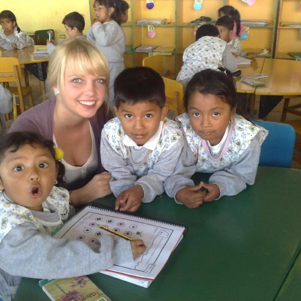 Teaching Programs in Ecuador with Love Volunteers!