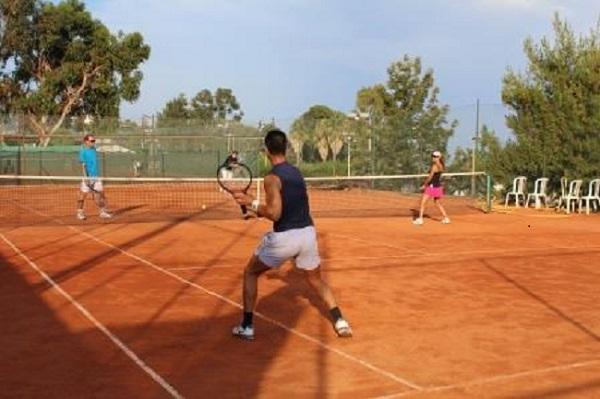 Tennis and Italian