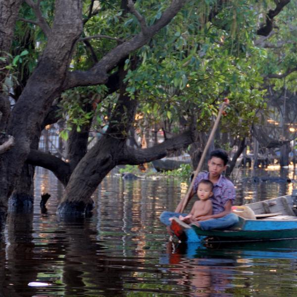 The floating villages on Tonli Sap