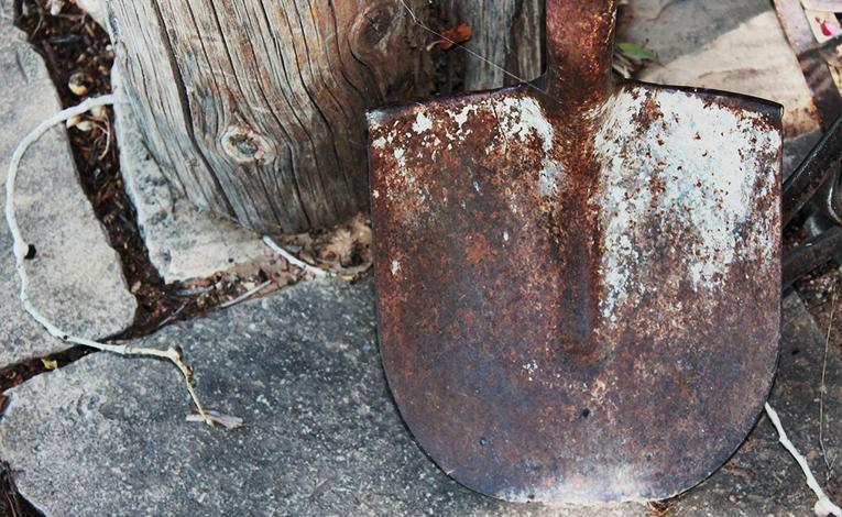 Close up of a rusty shovel