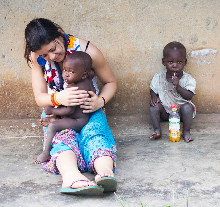 Volunteering with kids in Uganda