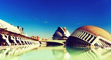 La Ciudad de las Artes y las Ciencias, The City of Arts and Sciences, is a must-see while studying in Valencia, Spain