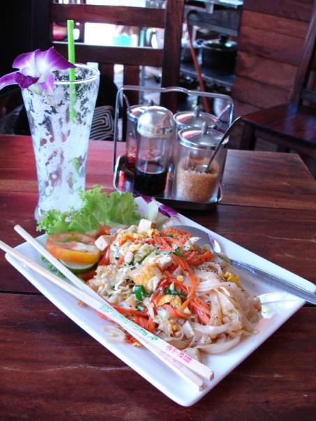 Thai noodle cuisine