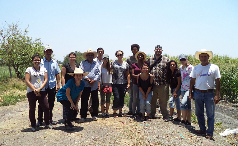 Students visiting corn fields in Ixtlilco el Grande, Mexico