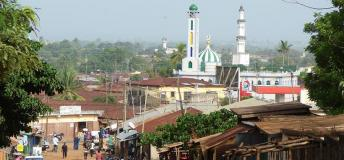View on the centre of Sokodé: New Mosque in the front - Great Mosque in the back.
