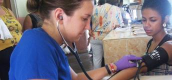Nursing volunteer working in a triage area in La Ceiba, Honduras